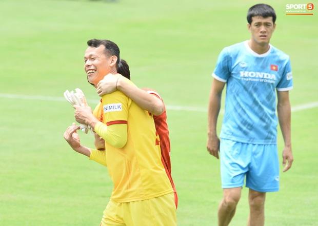 HLV Park Hang-seo lựa chọn sáng suốt ở phút cuối, cứu đội tuyển Việt Nam bàn thua sớm - Ảnh 2.