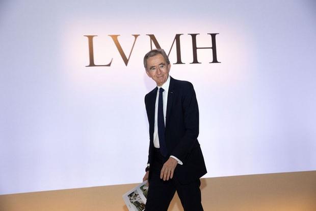 8 sự thật về khối tài sản hơn 192 tỷ USD của ông chủ LV - Ảnh 1.