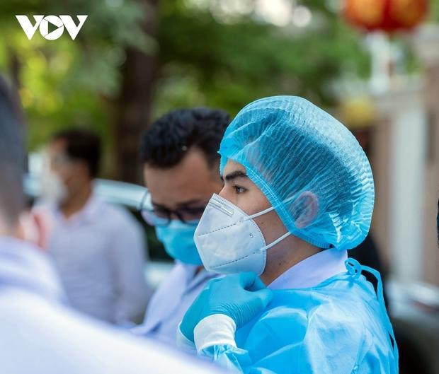 579 ca mắc mới trong 24h, tình hình dịch Covid-19 tại Campuchia vẫn đáng lo ngại - Ảnh 1.