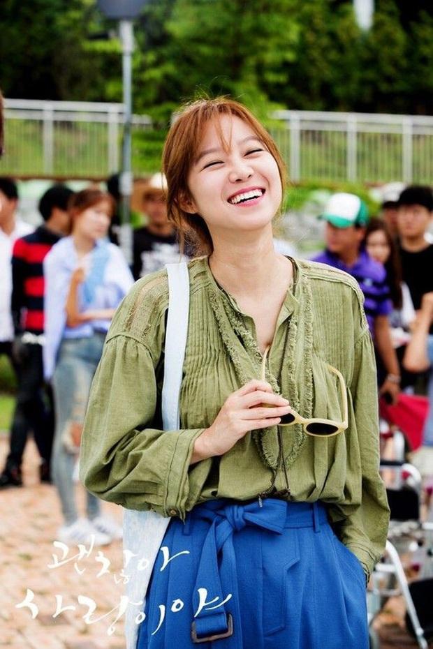 Những bộ cánh trong phim đẹp trường tồn của Gong Hyo Jin, xem xong là dứt khoát lên trình mix đồ - Ảnh 7.
