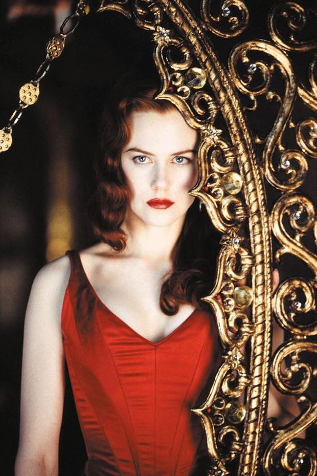 """Những """"bà đầm đỏ"""" mê hoặc tại Hollywood: Biểu tượng sex Marilyn Monroe còn khó vượt ải hội mỹ nhân! - Ảnh 6."""