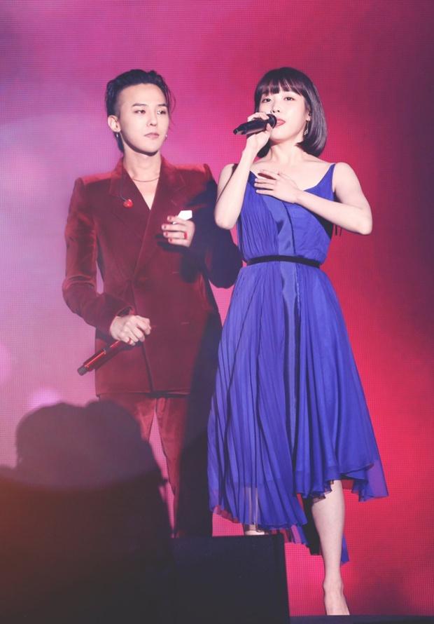 Dàn khách mời đỉnh cao trong concert của IU: Bắt gặp Song Hye Kyo - Song Joong Ki đi hẹn hò, hơn nửa showbiz đều góp mặt - Ảnh 25.
