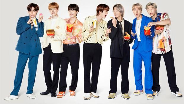 Hé lộ mức thù lao khổng lồ của BTS khi hợp tác với McDonald's: Vẫn biết là gây bão toàn cầu nhưng thế này thì... sợ quá! - Ảnh 2.