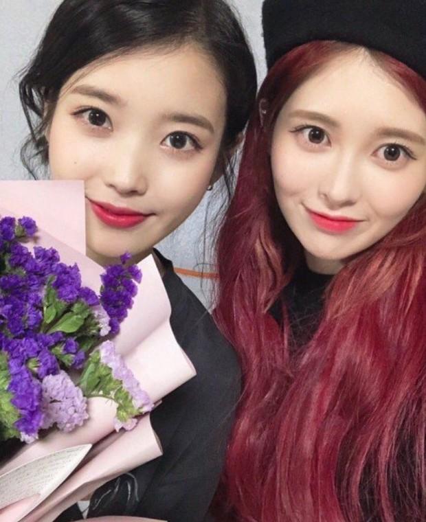 Dàn khách mời đỉnh cao trong concert của IU: Bắt gặp Song Hye Kyo - Song Joong Ki đi hẹn hò, hơn nửa showbiz đều góp mặt - Ảnh 28.