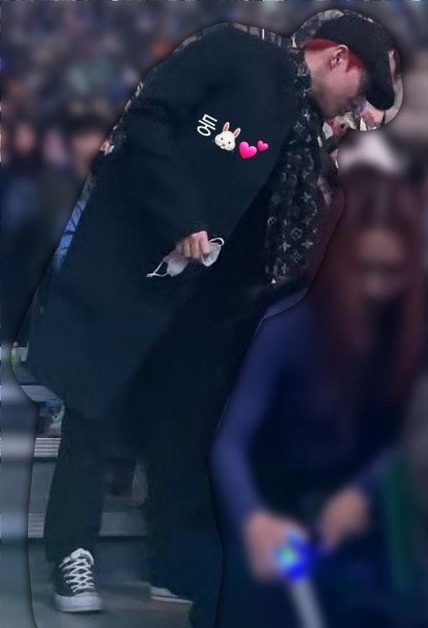 Dàn khách mời đỉnh cao trong concert của IU: Bắt gặp Song Hye Kyo - Song Joong Ki đi hẹn hò, hơn nửa showbiz đều góp mặt - Ảnh 16.