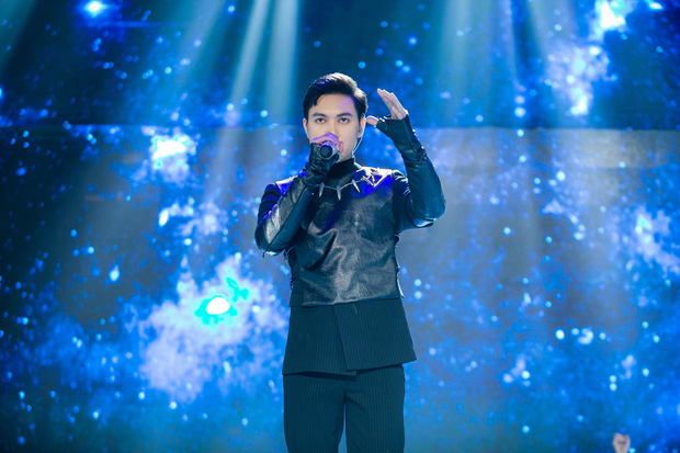 The Heroes: Quân A.P khiến giám khảo tranh giành vì chất giọng đàn ông, hát live ấn tượng - Ảnh 5.