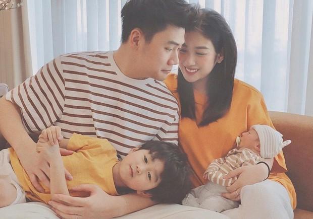 Có bố mẹ nổi tiếng, dàn hot kid auto khuấy đảo MXH Việt: Đáng iu quá quý dzị ơi! - Ảnh 1.