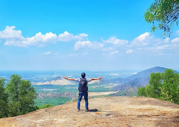 Hiếm người biết đứng từ Sài Gòn vẫn có thể nhìn thấy núi, danh tính địa điểm này mới là điều khiến dân mạng tranh cãi - Ảnh 6.