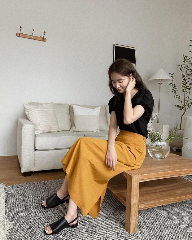 Và đây là 12 cách mix chân váy dài cực xinh của gái Hàn, đầu tuần khỏi phải lo mặc gì nhé! - Ảnh 2.