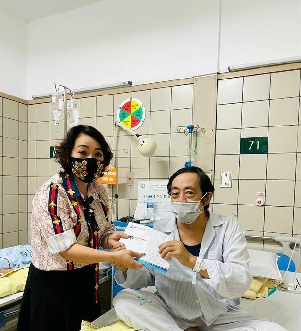 NS Trà My tiết lộ tình hình sức khoẻ của NS Giang Còi sau khi nhập viện vì ung thư: Sút 14kg rồi, thương lắm - Ảnh 4.