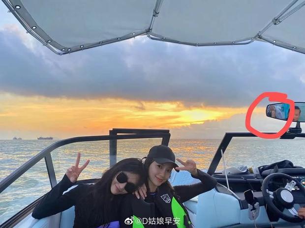 HOT: Không phải Lisa, Angela Baby mới là người đang hẹn hò Thái Từ Khôn, lộ cả bằng chứng chỉ với 1 bức ảnh? - Ảnh 3.