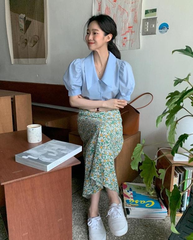 Và đây là 12 cách mix chân váy dài cực xinh của gái Hàn, đầu tuần khỏi phải lo mặc gì nhé! - Ảnh 10.