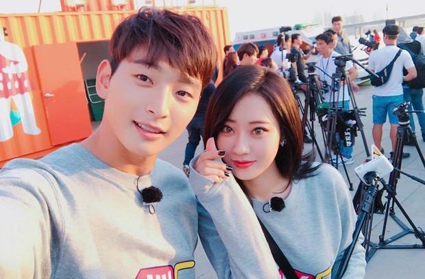 Cặp idol sexy nhất Kpop Jinwoon (2AM) và mỹ nhân bốc lửa Kyungri chia tay sau 4 năm hẹn hò - Ảnh 6.