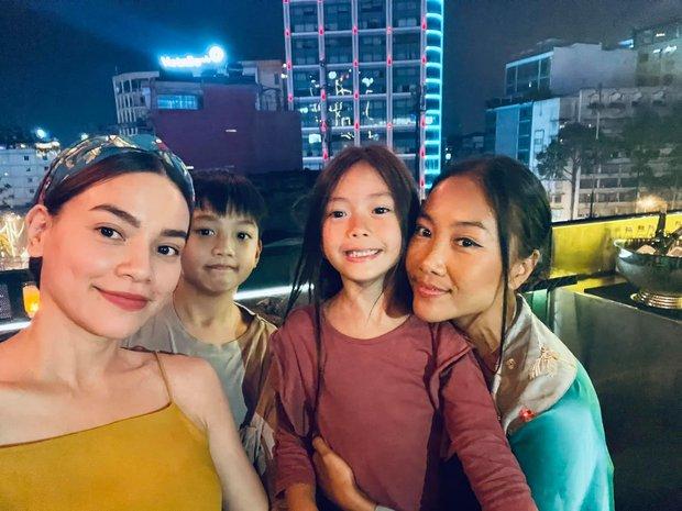Màn tụ họp gây sốt của 2 nhóc tỳ hot nhà Đoan Trang và Hà Hồ, Subeo thành tâm điểm vì biểu cảm cực lầy - Ảnh 5.