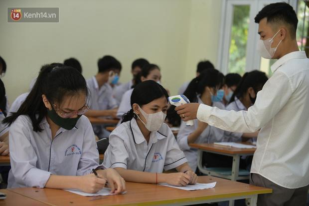 Xuất hiện các ca F1, 1 huyện ở Hải Dương thông báo hoả tốc cho hàng ngàn học sinh nghỉ học - Ảnh 1.