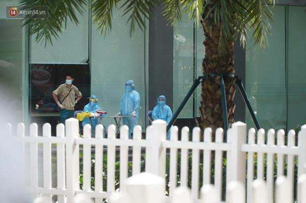 Phong tỏa tạm thời tòa chung cư ở Times City có chuyên gia Ấn Độ dương tính với SARS-CoV-2 - Ảnh 5.