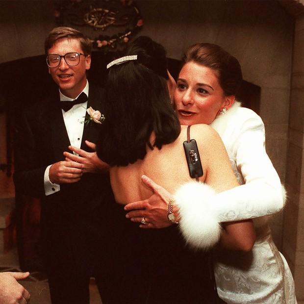 3 thập kỷ bên nhau của vợ chồng Bill Gates: Anh chủ tịch lấy nữ nhân viên khiến cả thế giới ngưỡng mộ rồi chia ly khi ở đỉnh cao danh vọng - Ảnh 1.