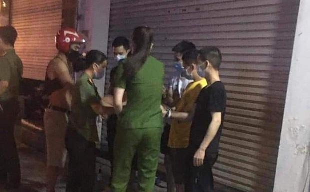 Vĩnh Phúc: Phát hiện 39 người Trung Quốc nghi nhập cảnh trái phép, một số bỏ chạy khi thấy công an - Ảnh 1.