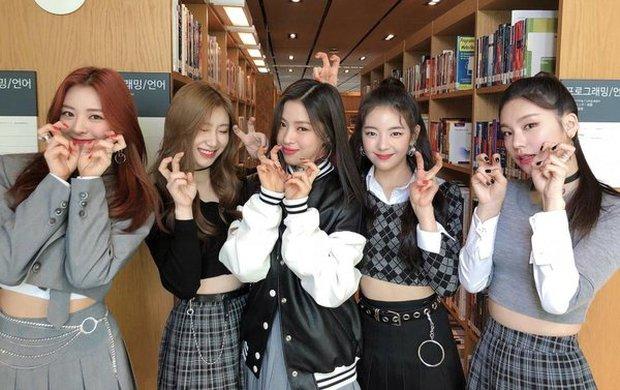Trước khi debut, tất cả thành viên ITZY đồng lòng định rời công ty JYP vì quá vất vả? - Ảnh 3.