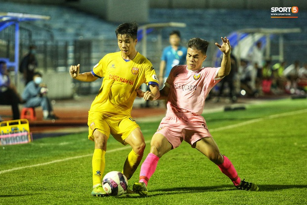 HLV Park Hang-seo bất ngờ triệu tập cầu thủ từng bị loại khỏi PVF lên tuyển Việt Nam - Ảnh 1.