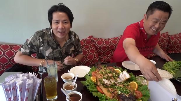 Khoa Pug bất ngờ tiết lộ người mới sau khi chia tay cameraman cũ: Là MasterChef của một nhà hàng Việt tại Mỹ? - Ảnh 4.