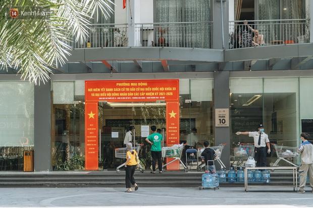 Phong tỏa tạm thời tòa chung cư ở Times City có chuyên gia Ấn Độ dương tính với SARS-CoV-2 - Ảnh 1.