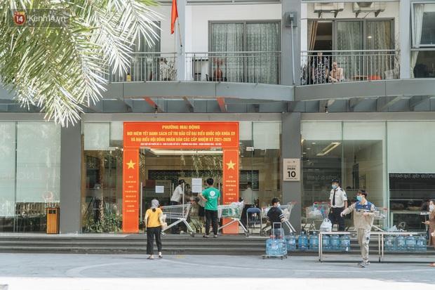 Phong tỏa tạm thời tòa chung cư ở Times City có chuyên gia Ấn Độ dương tính với SARS-CoV-2 - Ảnh 3.