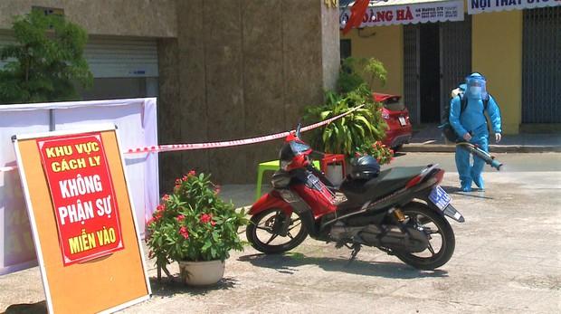 Đà Nẵng: Nữ nhân viên khu vực massage khách sạn Phú An dương tính lần 1 với SARS-CoV-2, khẩn trương truy vết người tiếp xúc - Ảnh 4.