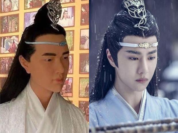 Fan khóc thét với tượng sáp Lam Vong Cơ (Vương Nhất Bác) như ông chú trung niên, nhìn còn hao hao Dạ Hoa nữa cơ! - Ảnh 1.