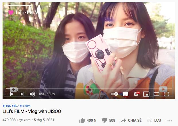 Lisa tung vlog dã ngoại với Jisoo, kỷ niệm gần 2 năm mới làm lại 1 việc đặc biệt kèm theo lời hứa khiến fan sướng rơn - Ảnh 1.