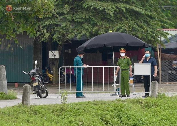 NÓNG: Phong toả Bệnh viện Bệnh Nhiệt đới Trung ương cơ sở 2 - Ảnh 5.