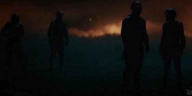 Mổ xẻ trailer mới tung của Loki: Đậm màu bom tấn không thua Endgame, phá hủy hàng loạt hành tinh gây tò mò cực độ - Ảnh 6.