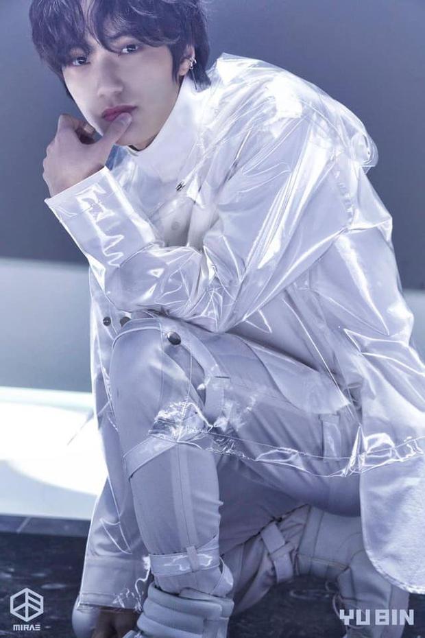 Khoảng cách thế hệ tàn nhẫn: Những Gen Z sinh vào năm Taeyeon (SNSD) gia nhập SM giờ đã debut thành idol hết rồi! - Ảnh 16.