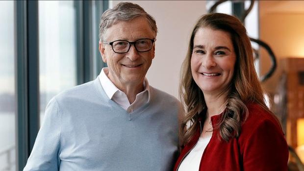 3 bóng hồng ghi dấu ấn khó quên trong cuộc đời Bill Gates: Người may mắn trở thành vợ, người an phận làm tri kỷ, đáng trách nhất là kẻ đâm lén sau lưng - Ảnh 2.
