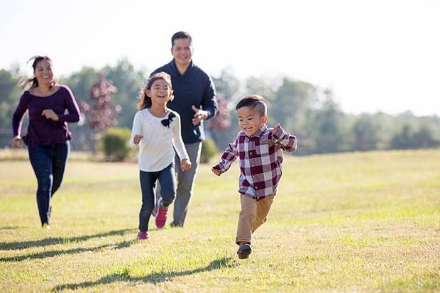 Cha mẹ chỉ học hết cấp 3 nhưng nuôi dạy con đỗ hẳn ĐH Stanford: Thiên tài trên đời này không thiếu, quan trọng là rèn cho trẻ những điều này từ nhỏ - Ảnh 1.