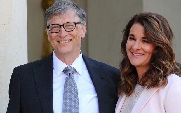 Từ chuyện tỷ phú Bill Gates vừa ly hôn vợ, nhớ lại Facebook đã có tính năng giúp các cặp đôi mắt không thấy, tim không đau hậu chia tay! - Ảnh 3.