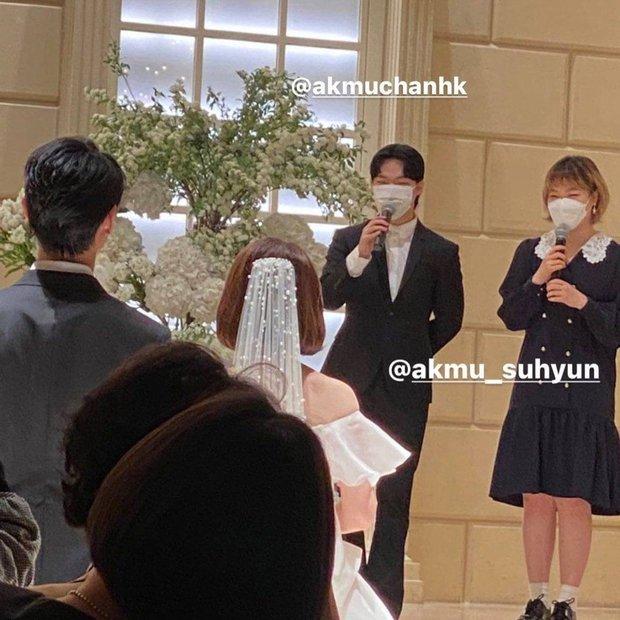 Nhà YG đi ăn đám cưới staff còn hát mừng cực ngọt, netizen cua gắt: May mà không hát Kill This Love của BLACKPINK - Ảnh 2.