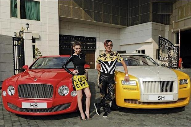 Huyền thoại tài phiệt mua 30 chiếc Rolls-Royce hơn 460 tỷ, cưng vợ siêu mẫu kém 30 tuổi như bà hoàng và cái kết bất ngờ vì vỡ nợ - Ảnh 9.