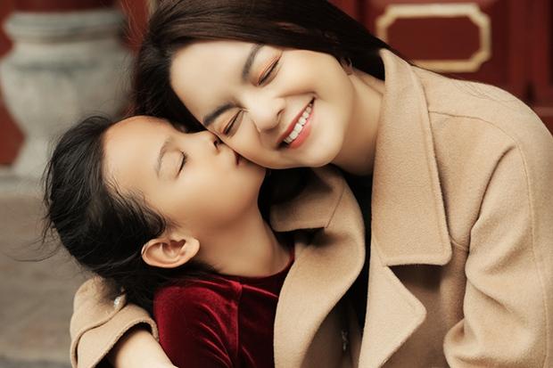 Choáng với loạt thành tích cực khủng của cháu gái Phạm Quỳnh Anh: 23 tuổi giật nhẹ 9 học bổng tiến sĩ - Ảnh 7.