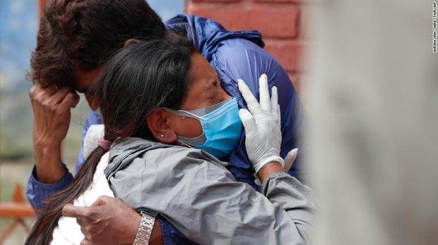 Nepal trên bờ vực trở thành một địa ngục Covid ngay bên cạnh Ấn Độ, thậm chí sẽ còn kinh khủng hơn nữa - Ảnh 5.