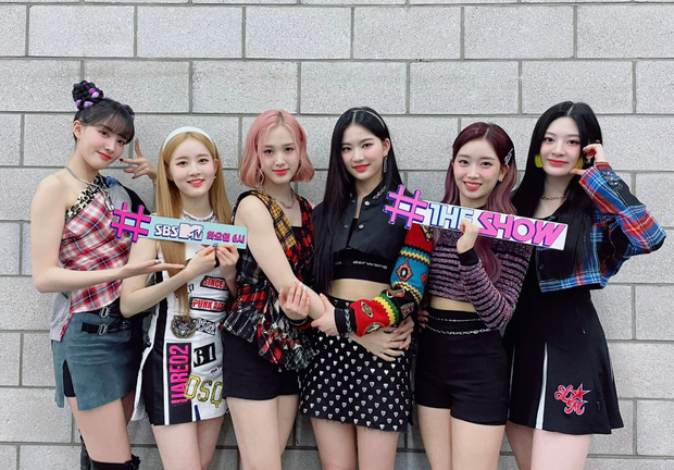 ITZY thắng cúp nhưng netizen lại trầm trồ khen nhóm nữ họ hàng xa với TWICE vì phá kỉ lục tân binh 2020 của aespa - Ảnh 4.