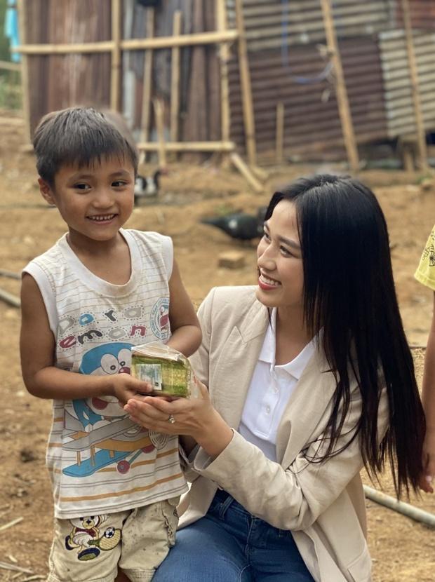 Mỹ Linh, Lương Thuỳ Linh xuất hiện trong clip khởi động Miss World 2021, Đỗ Hà chưa lên đường đã bị réo tên, còn có cả tín hiệu đáng mừng - Ảnh 7.