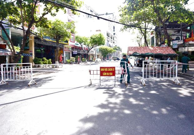 Lịch trình của 2 ca dương tính SARS-CoV-2 trong 1 gia đình gần vũ trường lớn nhất Đà Nẵng - Ảnh 1.