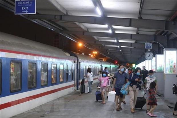 Tạm dừng chạy tàu Hà Nội - Yên Bái, Hà Nội - Hải Phòng do ảnh hưởng dịch - Ảnh 1.
