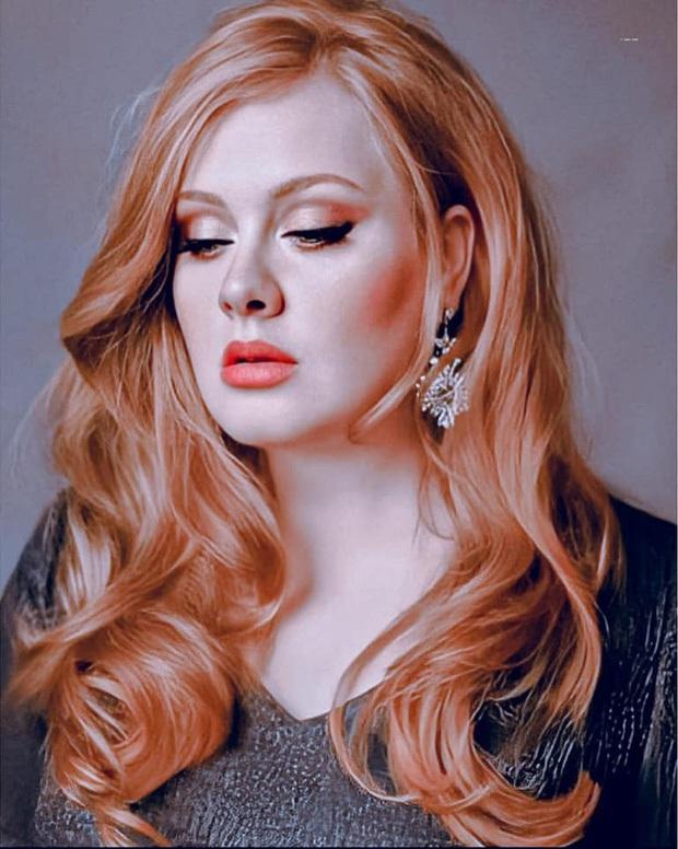 Adele gây sốc với gương mặt nhăn nheo chảy xệ, mắt đầy nếp nhăn do giảm cân đột ngột khiến người hâm mộ xót xa - Ảnh 9.
