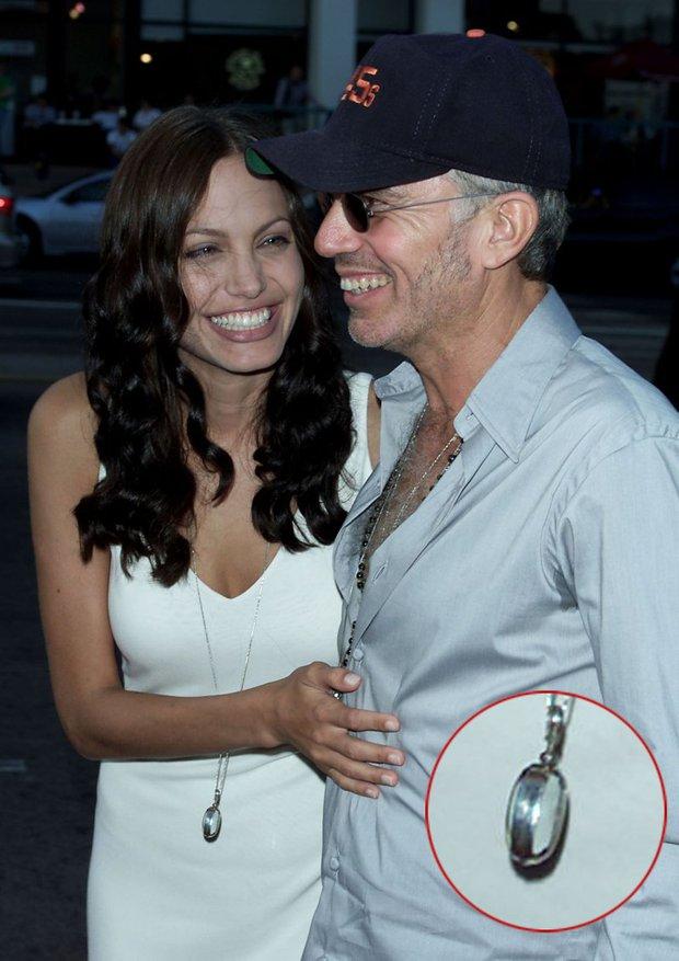Đời chồng thứ 2 của Angelina Jolie: Nàng lại làm Tuesday, chàng đá hôn thê ngang nhiên cưới nàng và 101 chuyện ân ái gây sốc - Ảnh 8.