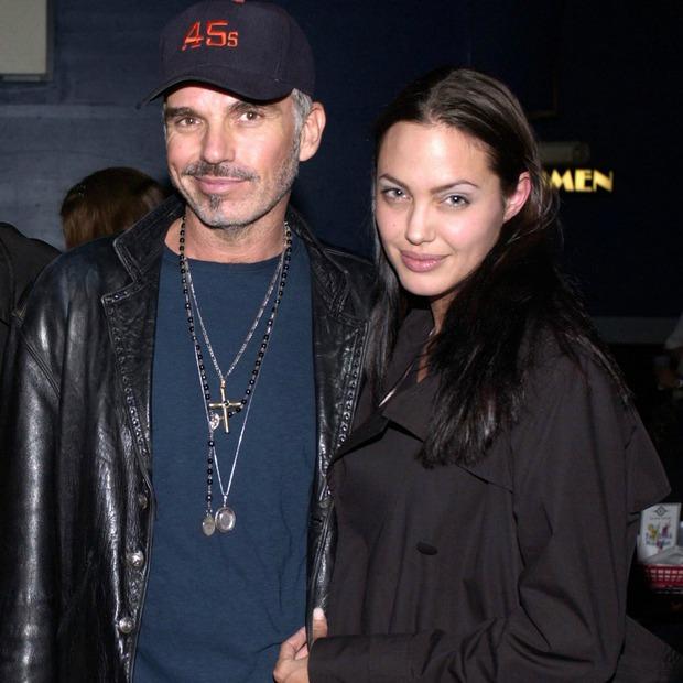 Đời chồng thứ 2 của Angelina Jolie: Nàng lại làm Tuesday, chàng đá hôn thê ngang nhiên cưới nàng và 101 chuyện ân ái gây sốc - Ảnh 12.