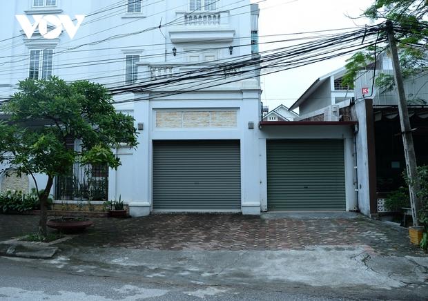 Cận cảnh bên trong khu đô thị có quán bar Sunny bị phong tỏa ở Vĩnh Phúc - Ảnh 14.