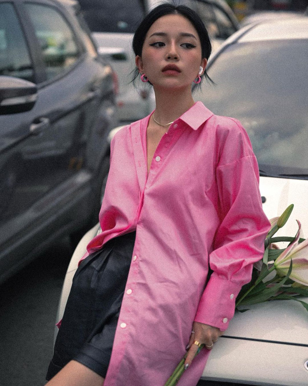 Linh Ngọc Đàm bị chê đã đến tuổi trung niên nhưng tất cả là do mẫu áo cô mặc - Ảnh 2.