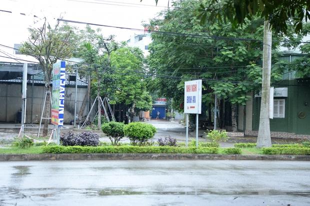 Cận cảnh bên trong khu đô thị có quán bar Sunny bị phong tỏa ở Vĩnh Phúc - Ảnh 5.